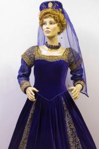 Eliz Woman6
